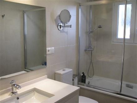 Moderne Duschbäder villa carlos mit privatem pool für 10 personen in almunecar